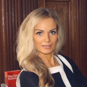 Rechtsanwältin Anett Theobald